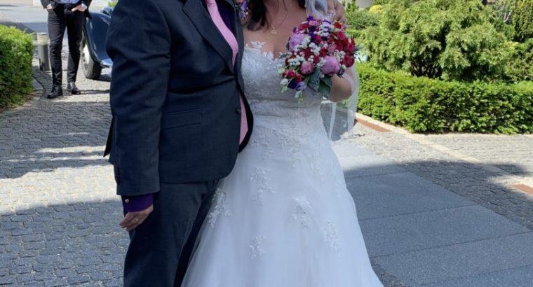 Smuk brudekjole str 48