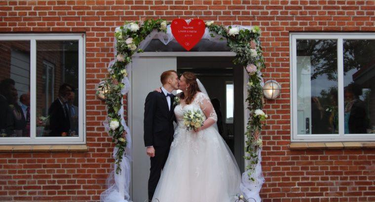Brudekjole str 52