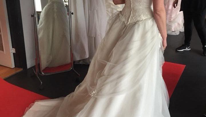 Ny brudekjole