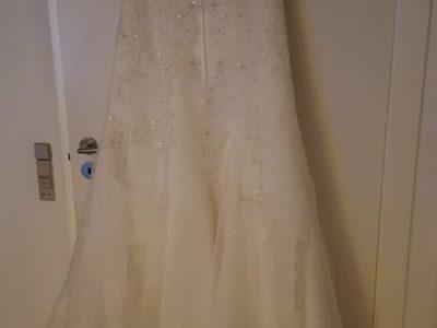 Brudekjole til salg