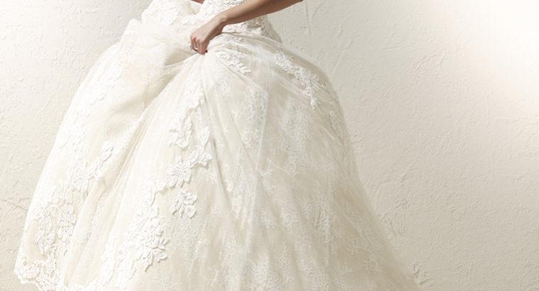 Aldrig brugt designer brudekjole