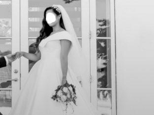 Brudekjole str. M/L